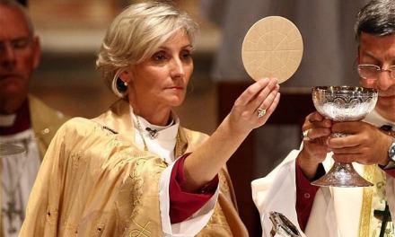 È stata nominata la prima 'vescovessa' della 'chiesa' d'Inghilterra