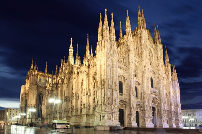 Volete comprare i nostri libri senza ordine on-line? Ecco dove andare a Milano