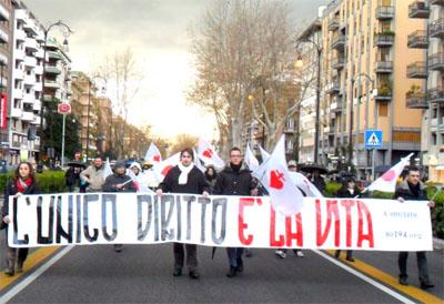 Marcia per la Vita 2015: il gattopardismo parlamentare e la mancata adesione del Comitato No194