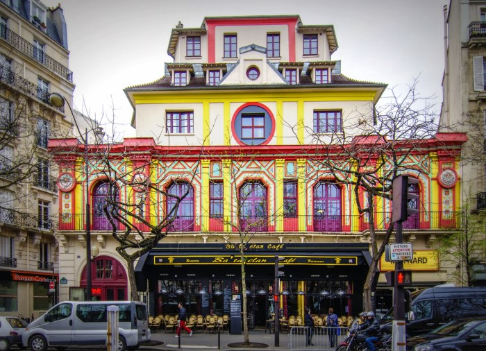 Il mandante: breve indagine metastorica circa i recenti fatti di Parigi.