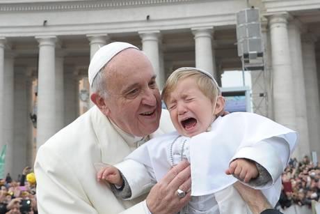 Bergoglio clamoroso: confessione valida anche se si tace?