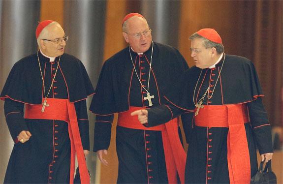 Cardinal Burke: se situazione non cambia, a gennaio monizioni canoniche a Bergoglio
