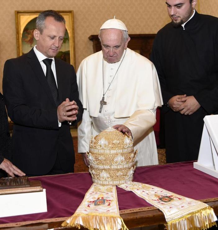 Deposizione del Papa e monizioni canoniche, secondo il 'Papato materiale' di Mons. Sanborn