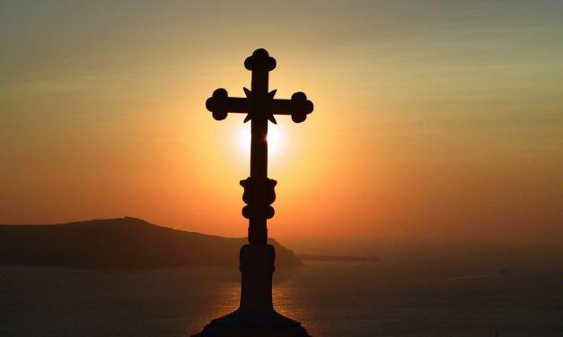 La sofferenza è la mano di Dio tesa verso di noi. Riflessioni sul suicidio di Dj Fabo