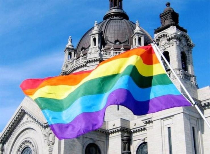 Chiesa-arcobaleno