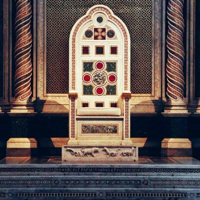 Enigma Katèchon: l'Anticristo, l'Impero Romano, il Papato