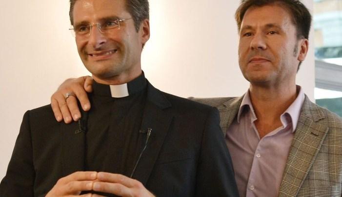 [LOBBY GAY IN VATICANO] Omoeresia e omopraxia. Perché Bergoglio non chiama i problemi col loro nome?