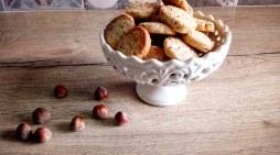 [SPADAKITCHEN] I biscotti alle nocciole: una delizia autunnale!