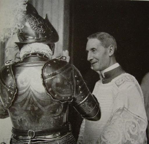 [GLORIE DEL CARDINALATO] S.E.R. Cardinale Enrico Dante (1884-1967)