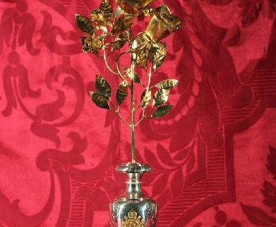 La Rosa d'Oro. Storia e significato.