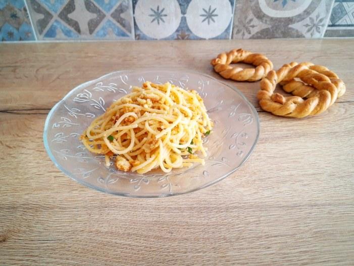 [SPADAKITCHEN] La pasta con briciole di taralli