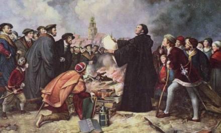 """Le """"buone intenzioni"""" di Lutero: bruciare il Papa e lavarsi le mani nel suo sangue."""