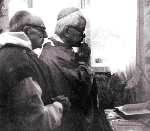 [DIFUNDE TU FE CATOLICA] XXXV Aniversario de Monseñor Thuc