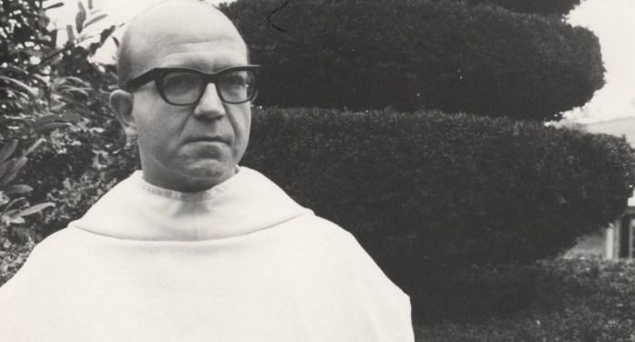 La macchina da scrivere cosmica di Dom Sylvester Houédard: un monaco poeta tra San Benedetto e Beat Generation