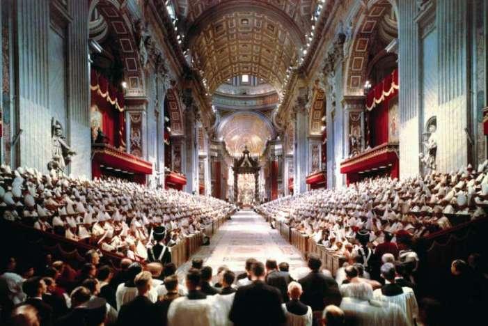 """🔴 Arcivescovo Viganò: """"Segreto di Fatima ancora insabbiato, in esso apostasia iniziata dagli anni '60"""""""