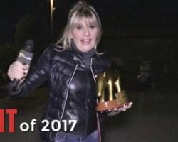 Very Normal TRASH of 2017 – 3a posizione: Gemma Galgani e la consegna del tapiro a Tina Cipollari [Video]