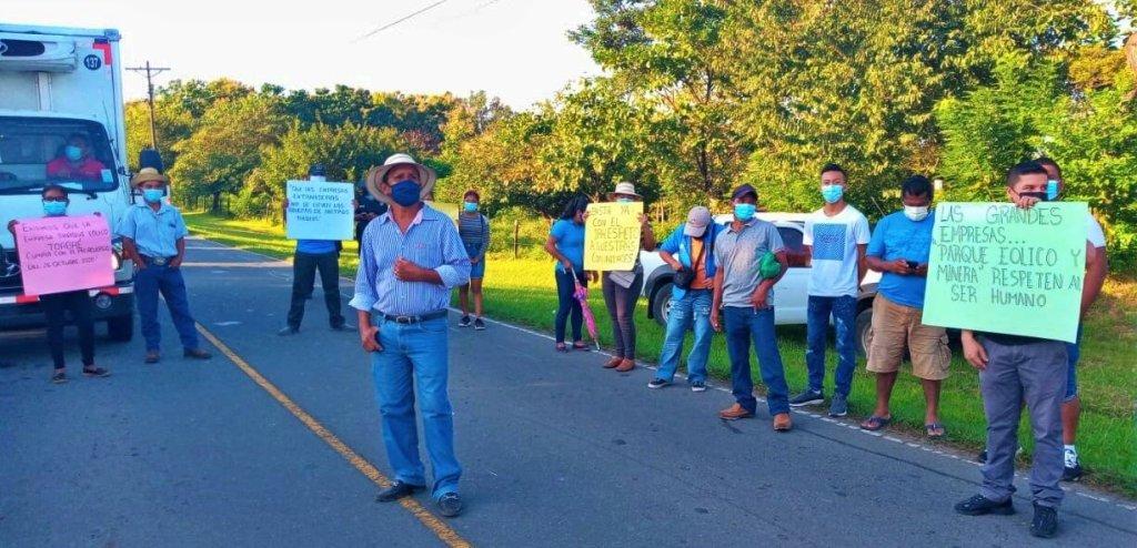 Panamá. Comunidades de La Pintada protestan en defensa de sus territoriosante gigantes eólicas