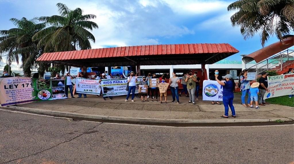 Panamá. Crece rechazo a las negociaciones entre el gobierno y Minera Panamá