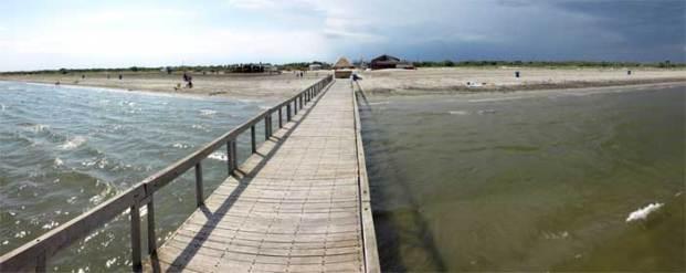 Plaja Sulina - vedere de pe pasarela de sud