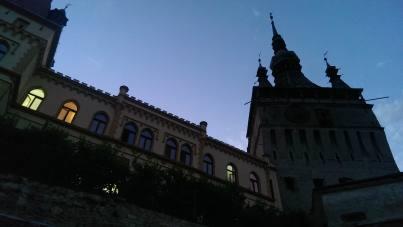 imagini din cetate, Turn ceas seara