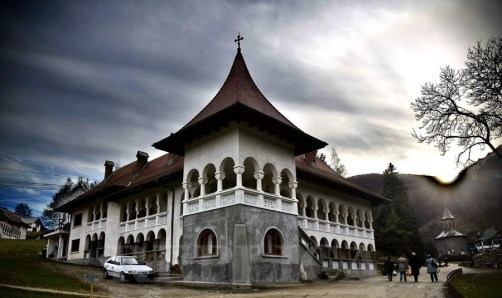 manastirea-prislop-hateg3