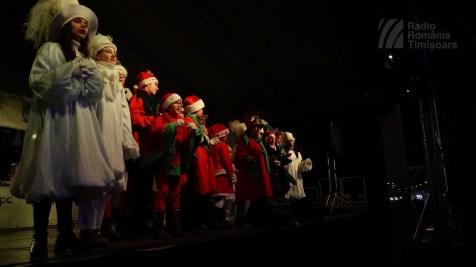 141221 _174558_Santa Klaus adus de Piti-Show la Timisoara_DSC00826