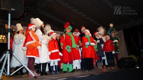 141221 _180224_Santa Klaus adus de Piti-Show la Timisoara_DSC00847