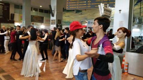 flash mob Balul Vienez de la Timisoara (1)