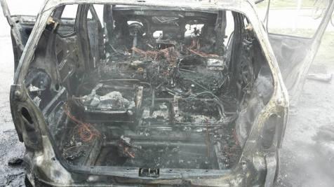 incendiu masina chisoda 17.01 (2)