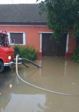 inundatii caras (1)