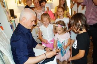 20170610_120618 lansare carte Timisoara DSC08254