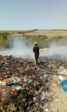 incendiu groapa de gunoi lipova (3)