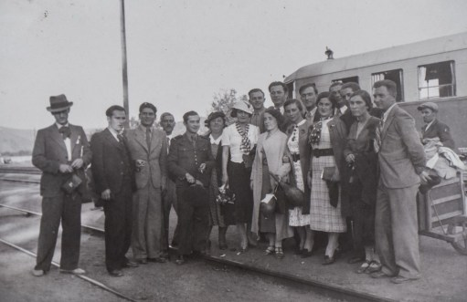echipa de cercetatori la Sambateni cu Sageata Verde_cercetari monografice 1935