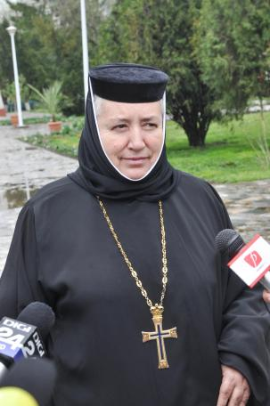 manastirea Sag vopsirea oualor 11