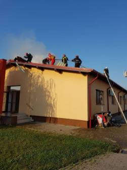 incendiu centru medical ar (3)