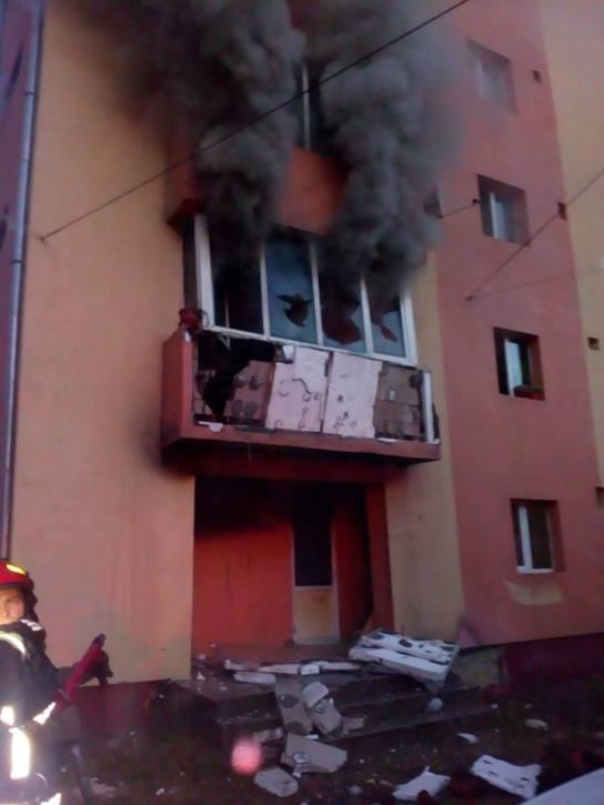incendiu bloc complexul studentesc (3)