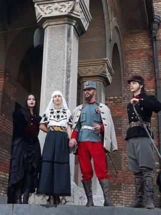 reconstituire Regele Ferdinand si Regina Maria (2)