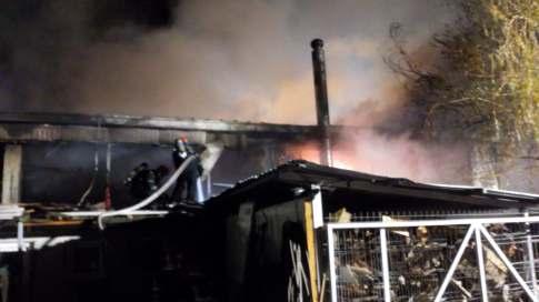 incendiu hala Torontalului (4)