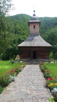 biserica de lemn Poeni (1)