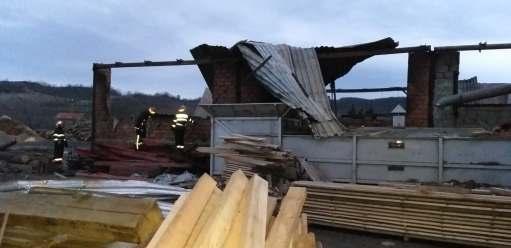 incendiu hala lemn (6)