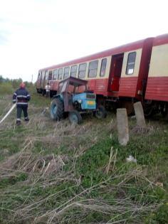 accident tren tractor (2)