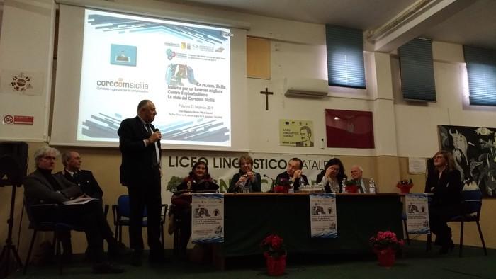 Palermo, Internet: incontro Corecom su giovani e cyberbullismo