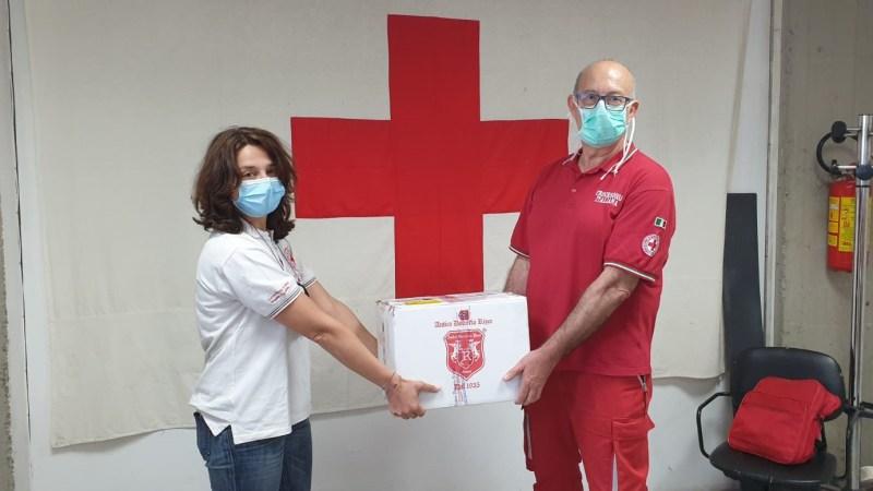 Il cioccolato di Modica IGP continua l'azione di supporto   a favore di chi è in difficoltà  Donate barrette alla Croce Rossa Italiana