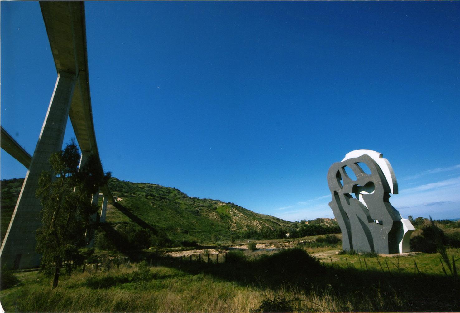Castel di Tusa, Fiumara d'Arte: La vittoria della bellezza, dell'arte e dell'impegno di una vita sulla mafia