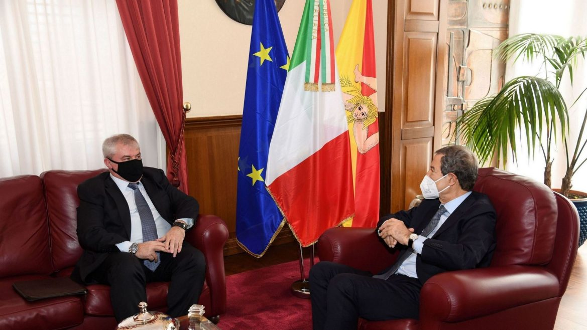 Palermo, Palazzo Orleans: Musumeci riceve il console russo Patronov