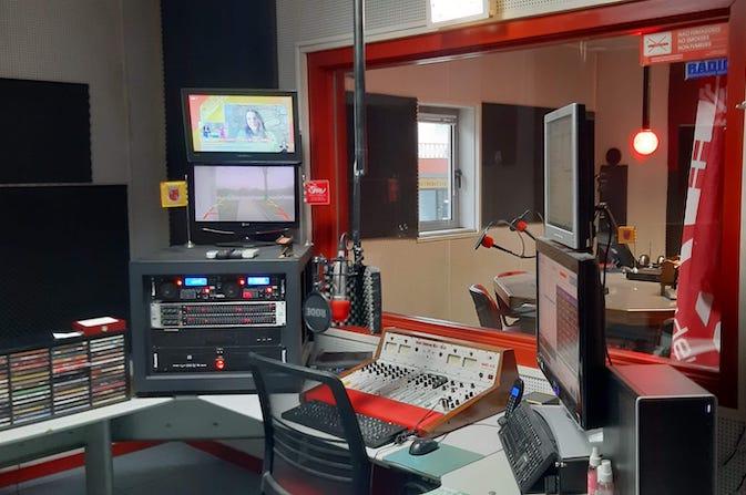 estudios radio valdevez