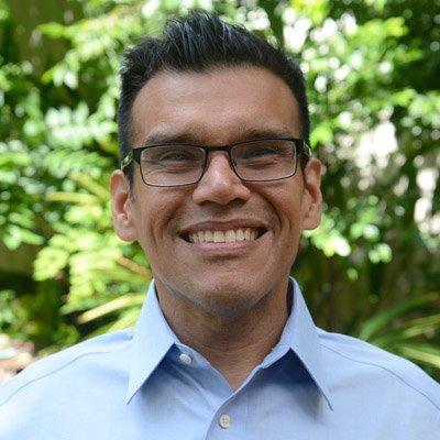 Ernesto Aguilar, Community Broadcaster