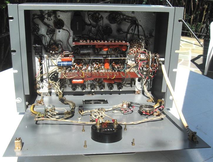 Gates SA-39B inside