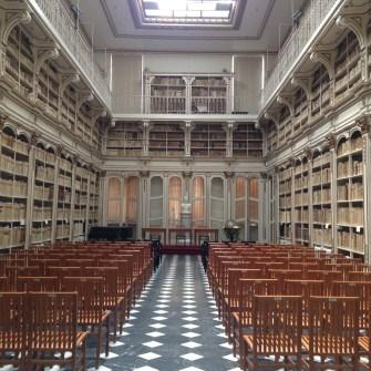 castello-biblioteca