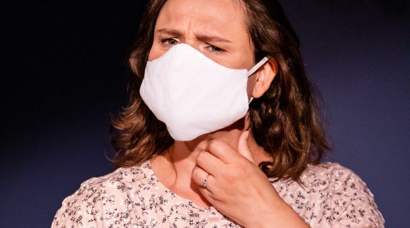 Hoe kan je verstaanbaar praten met een mondmasker zonder je stem te belasten?